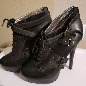 Black Skinny Heel Ankle Boots
